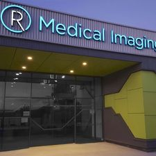 signific-radius-illuminated-signs-geelong